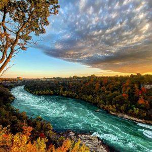 Sunday Drives in Niagara