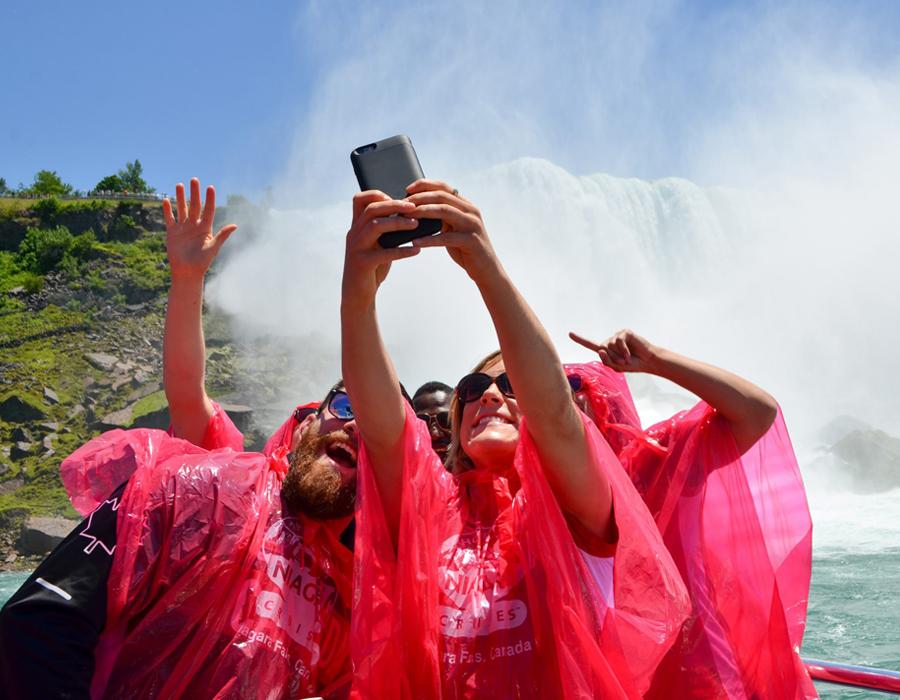 Niagara Falls Boat Tour - Selfie